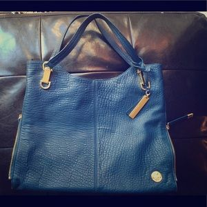 Vince Camuto styled purse (royal blue)